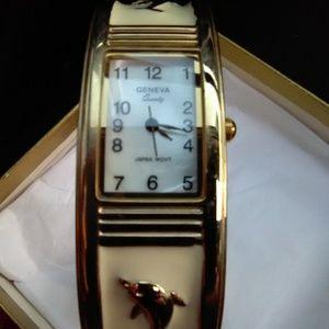 Jewelry - Dolphin watch
